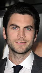 wes bentley 2017 haircut beard eyes weight measurements