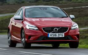volvo v40 cross country r design volvo v40 r design 2016 uk wallpapers and hd images car pixel