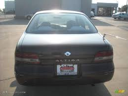 Nissan Altima 1997 - 1997 black cherry pearl nissan altima gxe 18401129 photo 5