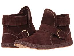 ugg womens amely shoes black ugg amely i need these in my ugg wants