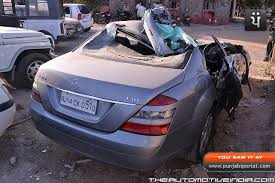mercedes benz exposed airbags failed to deploy in s class crash