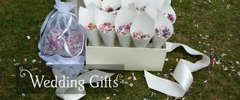 unique wedding present ideas struggling for wedding gift ideas