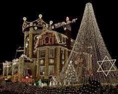 Outdoor Christmas Lights Yard Decorations 15 colorful and outrageously themed outdoor christmas lights