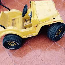 power wheels jeep yellow jeep bateria power wheels usa marcha delante atras 6v 2 300 00