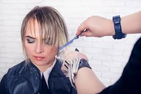 should you use razor cuts with fine hair how to do a razor hair cut lovetoknow