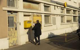 bureau poste 16 la fermeture du bureau de poste provoque la colère de l opposition