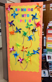 Spring Decoration by Best 25 Classroom Window Decorations Ideas Only On Pinterest