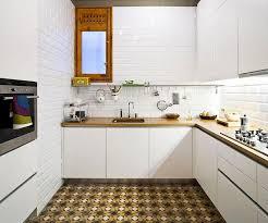 faience metro cuisine faience metro cuisine élégant photos carrelage métro blanc dans la