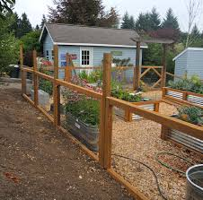 Small Garden Fence Ideas 10 Garden Fence Ideas That Truly Creative Inspiring And Low