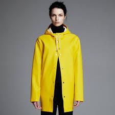bike raincoat stutterheim stockohlm yellow raincoat rainwear regnjacka