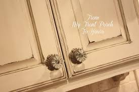How To Paint Kitchen Cabinet Hardware Creating A French Country Kitchen Cabinet Finish Using Chalk Paint