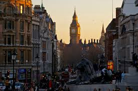 Square Miles To Square Feet What To See In Trafalgar Square London