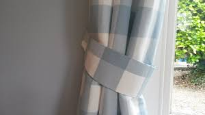 How To Use Buckram In Curtains Tutorial Made To Measure Curtain Tiebacks In Less Than An Hour