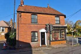 2 Bedroom Cottage To Rent Search 2 Bed Houses To Rent In Hampshire Onthemarket