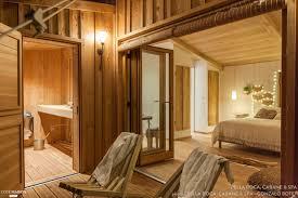 chambre d hote couleur bois et spa cabanes perchées avec spa et privatifs au cœur d 039 un
