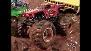 grave digger monster truck 30th anniversary monster trucks max d vs grave digger mud bog monster trucks for