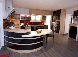 exemple de cuisine moderne exemple de cuisine équipée cuisine moderne blanche et bois pinacotech