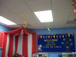 circus theme decor u0027 like the tent can make it with dollar store