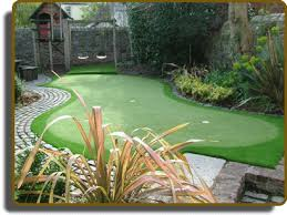 Putting Green In Backyard by Softrak Backyard Putting Greens And Artificial Turf Grass In The
