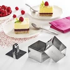 emporte pieces cuisine set de 2 emporte pièces carrés en inox avec poussoir mathon