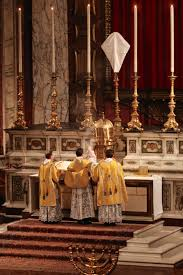 new liturgical movement maundy thursday from the london oratory