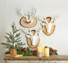 Christmas Decorated Deer Head by Best 25 Paper Mache Deer Head Ideas On Pinterest Papier Mache