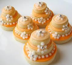 mini wedding cakes wedding cakes budget friendly alternative
