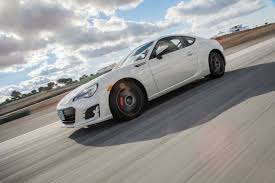 subaru sports car 2017 2017 subaru brz performance review the car connection