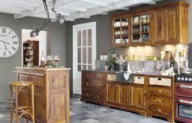 peindre une cuisine en chene rustique agréable relooker une cuisine rustique en chene 8 quelle couleur
