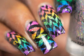 lacquer lockdown holographic sharpie rainbow geometric nail art
