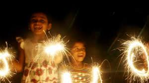firecrackers for kids keep your kids safe during diwali using these simple tips