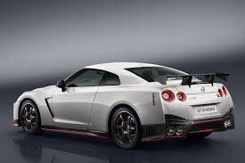 nissan white car new nissan gt r nismo unveiled by car magazine