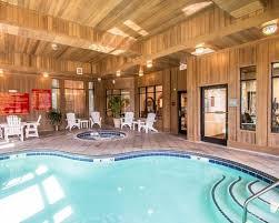 Comfort Inn Midtown Richmond Va Poolcourtyard1 Jpg