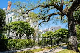 What Is A Walled Garden On The Internet by Top 10 Attractions In New Orleans Choice Hotels