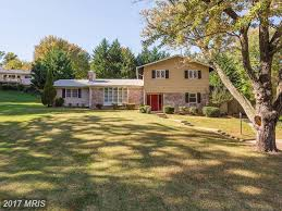 6 Bedroom This 6 Bedroom Home Was Just Listed In Sleepy Hollow Woods In