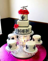 chandelier theme quinceanera cake anything pinterest tortas