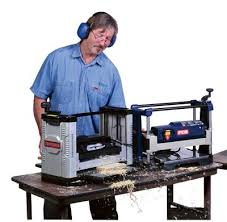 Wood Magazine Planer Reviews by Portable Planer Review Ryobi And Dewalt Provide The Best Bargains