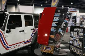 jeep hood vents sema 2014 daystar helps jeepers keep their cool with new hood