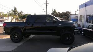 toyota tundra lifted lifted toyota tundra with black wheels joe s stereo