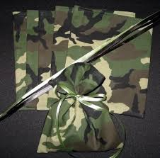 Camouflage Favors by Get Camo Fabric From Walmart Use Bandanas For Favor