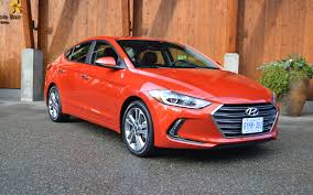 nissan sentra vs hyundai elantra 2017 hyundai elantra taking the honda civic head on review