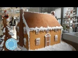 gingerbread house ideas martha stewart