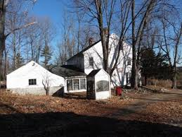 the oldest massachusetts houses for sale for under 215 000