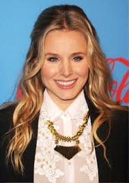 part down the middle hair style kristen bell s long tousled waves half up half down with middle