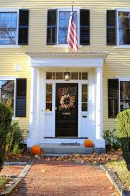 Colonial Front Porch Designs Best 25 Yellow House Exterior Ideas On Pinterest Yellow Houses