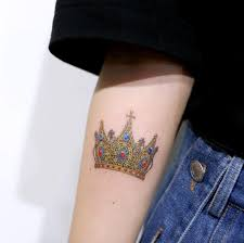 145 world class crown tattoos ideas parryz com