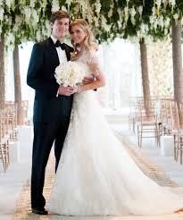 chelsea clinton wedding dress chelsea clinton vs ivanka how do their weddings stack up