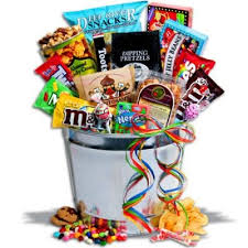 christmas food baskets 124 best candy bouquets images on candy bouquet candy