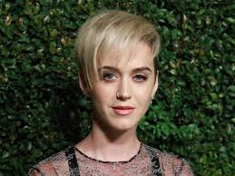 whyyyyy u0027 katy perry divides fans with drastic new pixie haircut