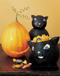 Paper Mache Halloween Crafts by 40 Paper Mache Balloon Diys Guide Patterns